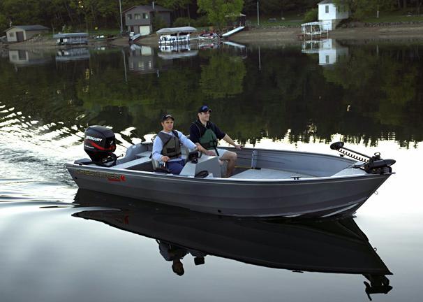 2005 Crestliner Canadian 18 SC