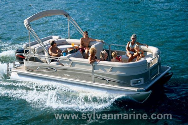 2005 Sylvan 8520 Mirage Signature