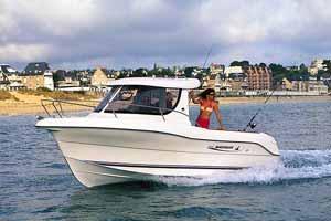 2005 Quicksilver 640 Pilothouse