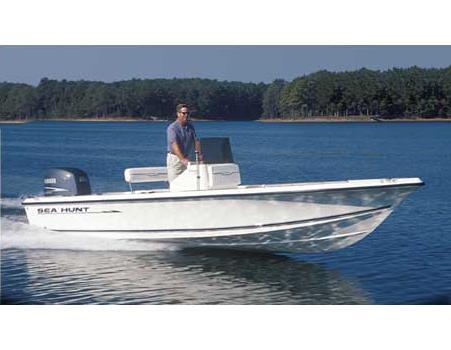 2005 Sea Hunt Navigator 22