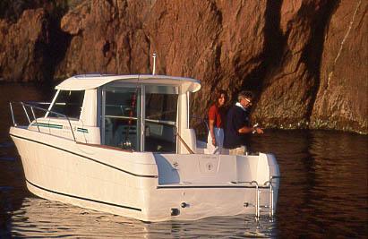 2005 Jeanneau Merry Fisher 695