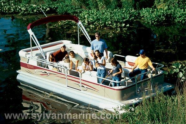 2005 Sylvan 824 Mirage Fish