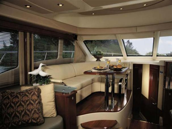 2005 Sea Ray 500 Sedan Bridge