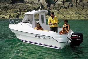 2005 Quicksilver 500 Pilothouse